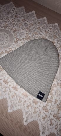 Дитяча демісезонна шапка