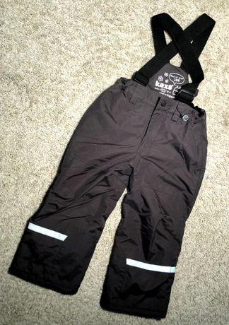 Spodnie ortalionowe na sanki r104 3-4lat