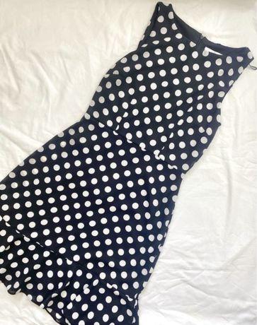 Синее шифоновое платье в горошек