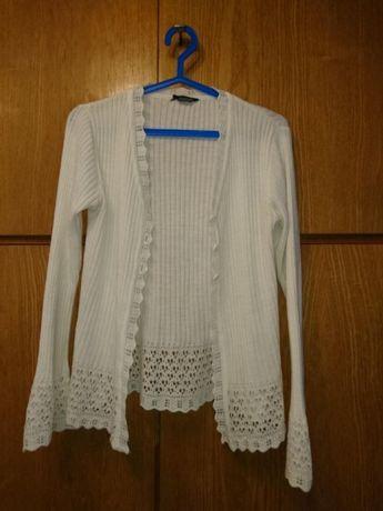 Biały sweterek ażurowy