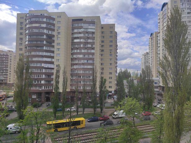 Продажа квартиры в центре Борщаговки!