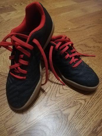 Buty sportowe halówki rozmiar 30