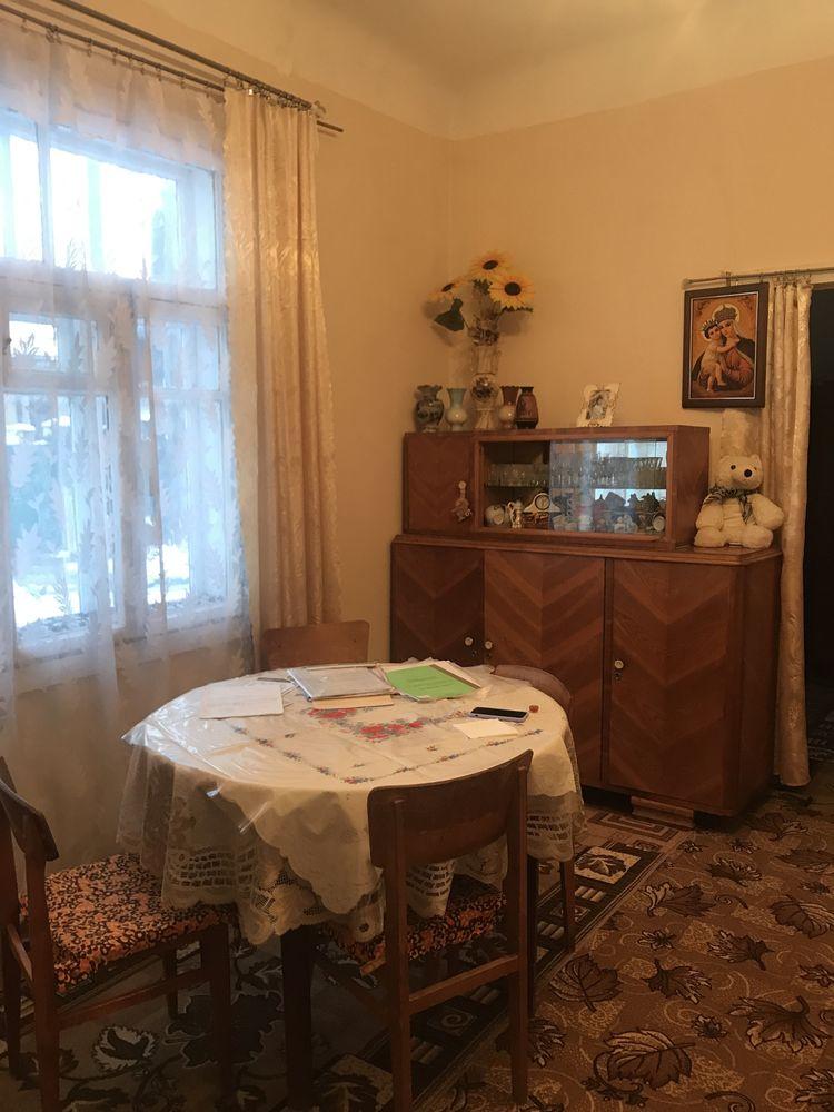 1/2 будинку , р-н Пивзаводу 30000$