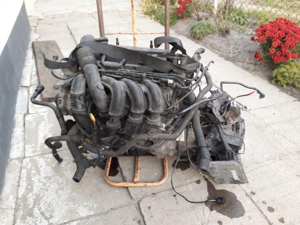 Мотор Двигатель Duratec Zetec-SE Форд Fusion Ford Fiesta MK5 MK6 MK7