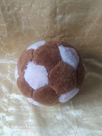 Меховой мяч футбольный. Мягкая игрушка.