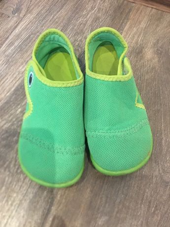 Buty do wody, rozmiar 26, decatlon