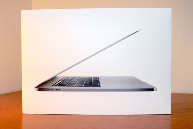 MacBook Pro 15,4 Intel Core I9