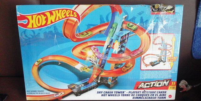 zjeżdżalnie HOT WHEELS Hot Wheels Sky Crash Tower Track Set