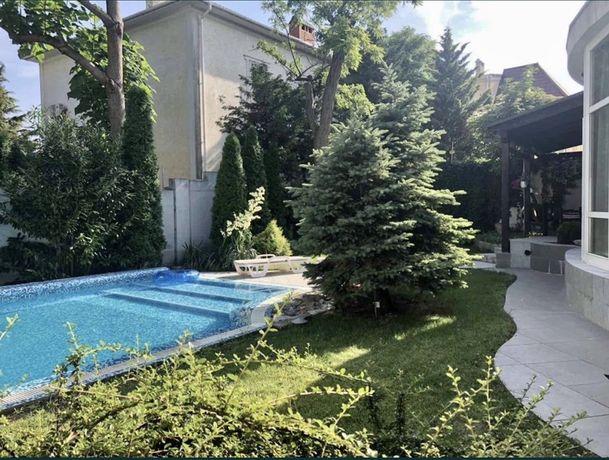 Уютный дом с бассейном 10 Фонтана , Баштанная, Закрытый кооператив