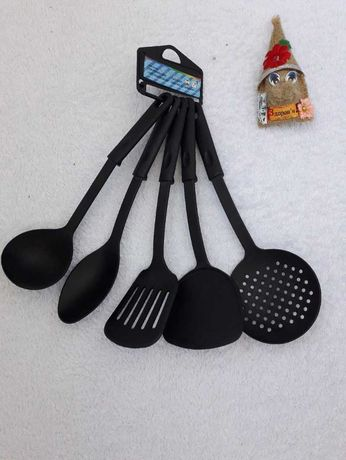 Кухонный набор ложек/поварешек для тефлона и мультиварок.