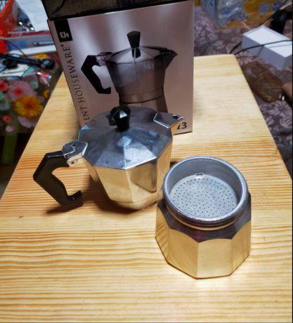 Кофеварка на 3 чашки