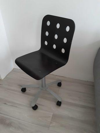 dziecięce krzesło biurowe
