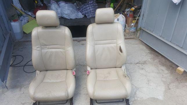 Кресло для авто TOYOTA FORTUNER