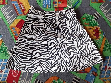 Spódnica 42 biało-czarna