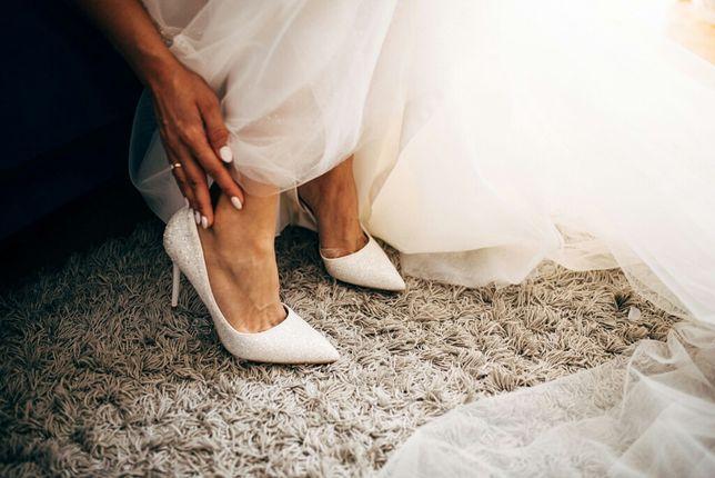 Buty ślubne białe błyszczące 10 cm obcas 39