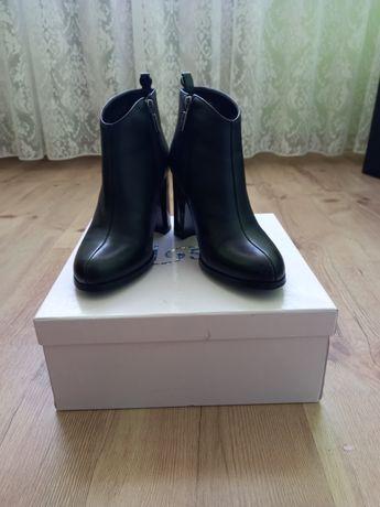 Взуття Erises 34розмір