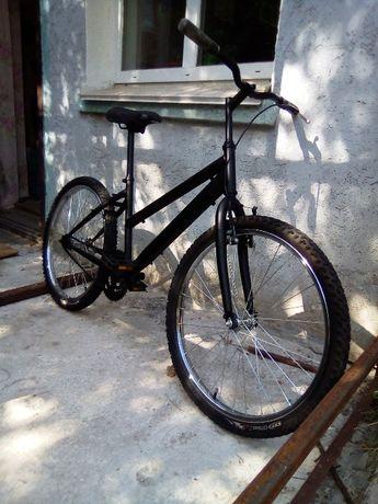 Велосипед Команчи Ниагара В хорошем состоянии.Все вопросы по телефону