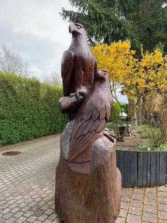 Rzeźba dębowa zewnętrza - ręcznie rzeźbiona