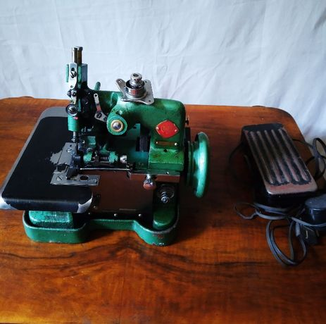 Maszyna overlock FEIYUE GN 1-2