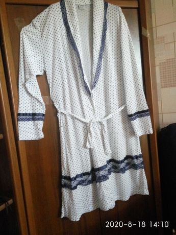 Халатик женский, новый, лёгкий, мягкая ткань, Германия, размер 50-52.