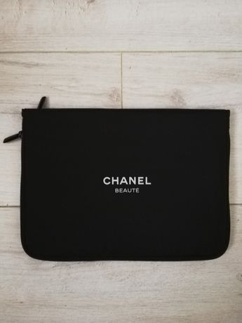 Chanel oryginalna kosmetyczka