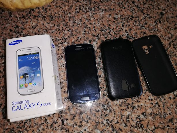 Lote de 5 telemóveis