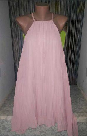 Пудровое асимметричное платье гофре плиссе размер-М