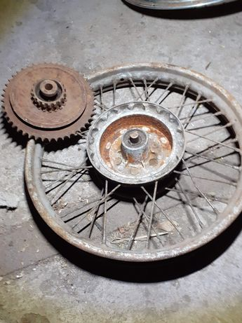 Tylne koło z zabierakiem JAWA 250