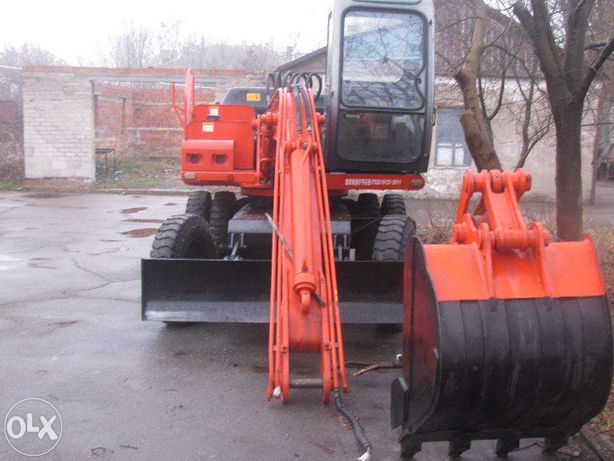 продам экскаватор HTL-100