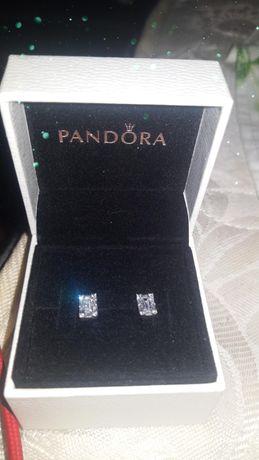 Срібні сережки Pandora