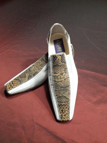 Оригинальные мужские туфли. Италия.