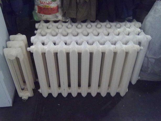 Радиатор чугунный