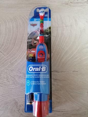 Зубна щітка Oral-b DB4 тачки