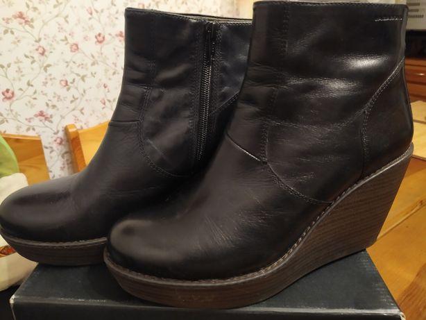 Vagabond кожаные ботинки ботильоны на платформе 40 р. Состояние новых