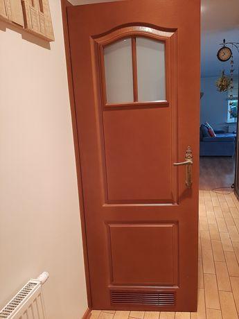 Drzwi wewnętrzne z klamką