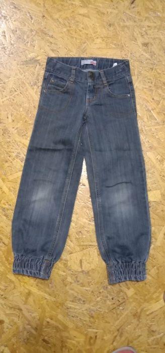 продам фирменные джинсы на 6 лет на рост 122 см в отличном состоянии, Житомир - изображение 1