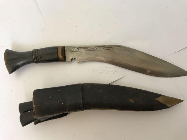 Szable, bagnety, noże, kindżały