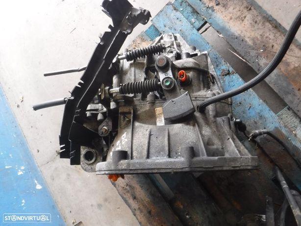 Caixa de velocidades Renault Trafic 2.0DCI Opel Vivaro 2.0cdti PF6010