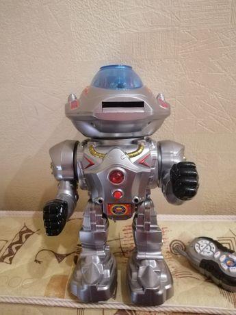 Радиоуправляемый робот