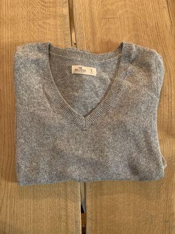 Szary sweterek Hollister S jak nowy
