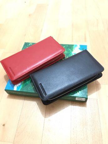 Женский кошелек на молнии полностью кожаный Marco Coverna из турция.
