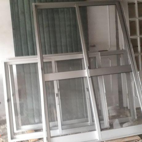 Porta e janelas em alumínio - oferta persianas