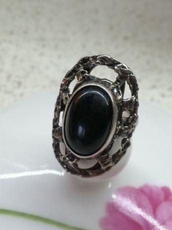 Srebrny pierścionek autorski srebro czarny kamień