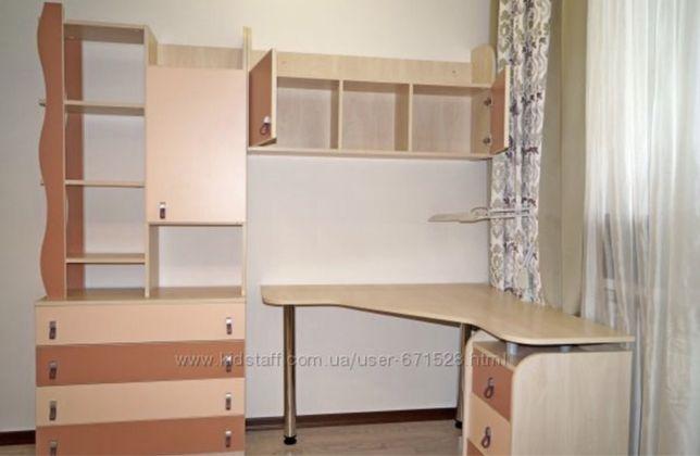 Мебель для детской/ Рабочий уголок для учебы