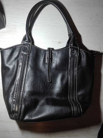 Czarna torebka, torba
