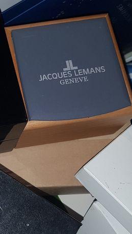 """Jacques Lemans"" коробка с доками"