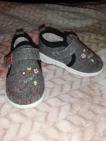 Дитячі черевички, ботінки, красовочки