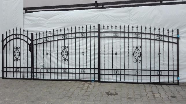 Brama ogrodzeniowa dwuskrzydłowa WENECJA z furtką słupam i akcesoriami
