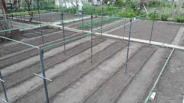 Металлоконструкция для выращивания высокорослых томатов