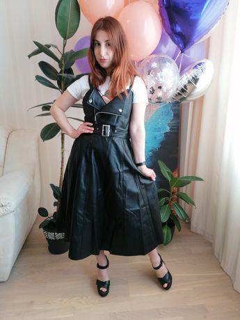 Новый Стильный сарафан платье из Эко кожи
